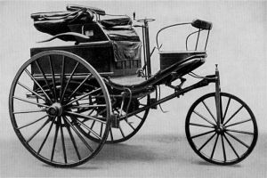 Motor carriage